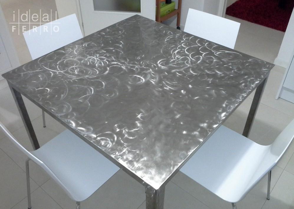 Tavolo in acciaio inox verniciato idealferro for Tavolo acciaio design