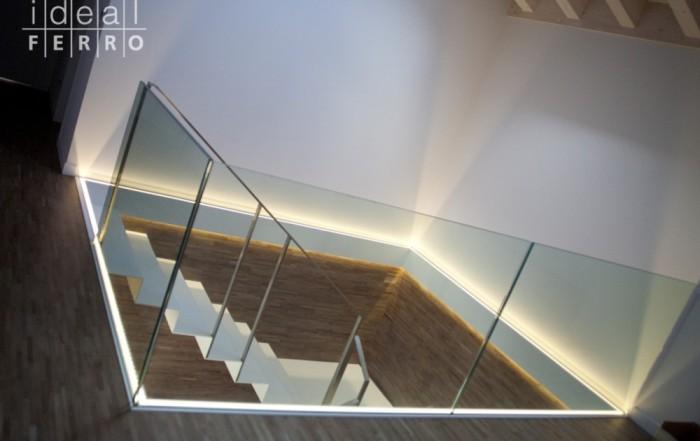 Parapetto in vetro illuminato