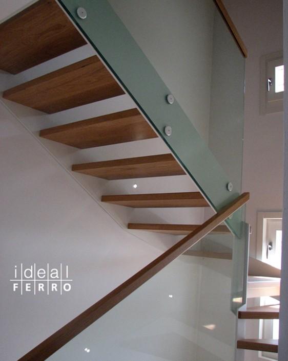 Amato Ringhiera in vetro con corrimano in legno - Idealferro TI24
