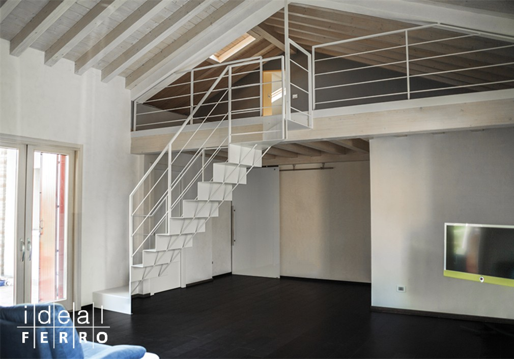 Super Scala in lamiera piegata - Idealferro QJ93