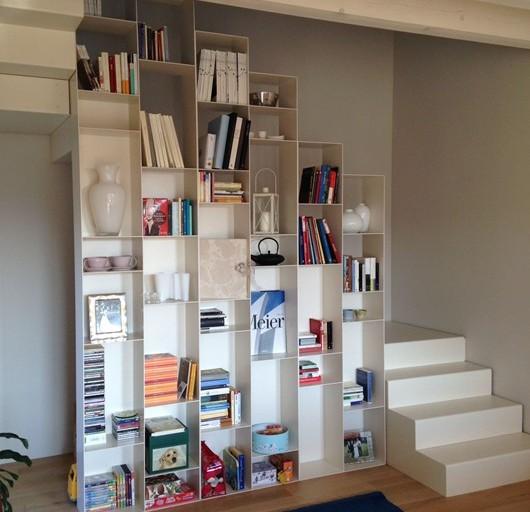 Libreria in metallo (1)